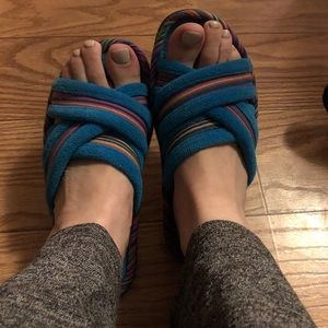 Comfy isotoner slippers